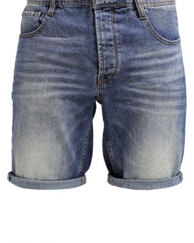 Till dam från Solid, en jeansshorts.