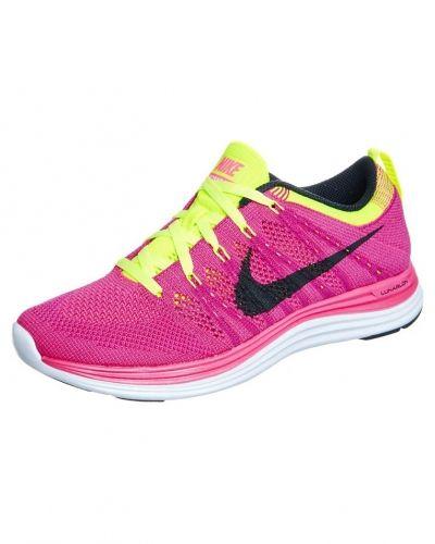 Nike Performance Flyknit lunar 1+ löparskor extra lätta. Traningsskor håller hög kvalitet.