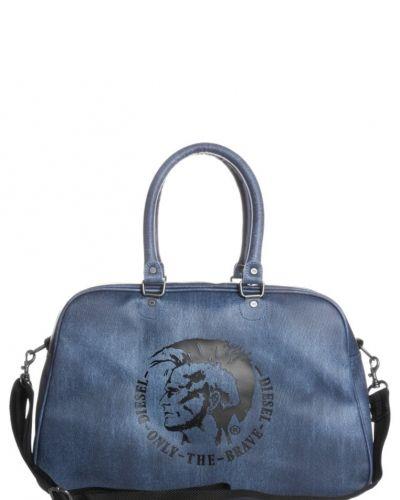Diesel Diesel FONZIE Weekendbag Blått. Resvaskor håller hög kvalitet.
