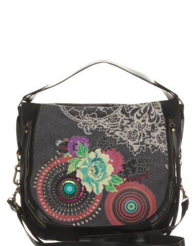 Franela handväska från Desigual, Handväskor