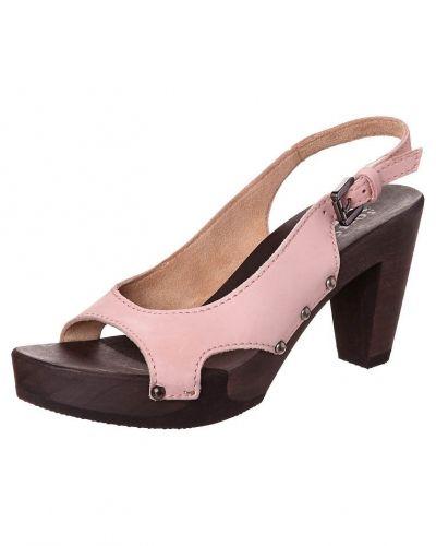 Till dam från Softclox, en rosa högklackade sandal.