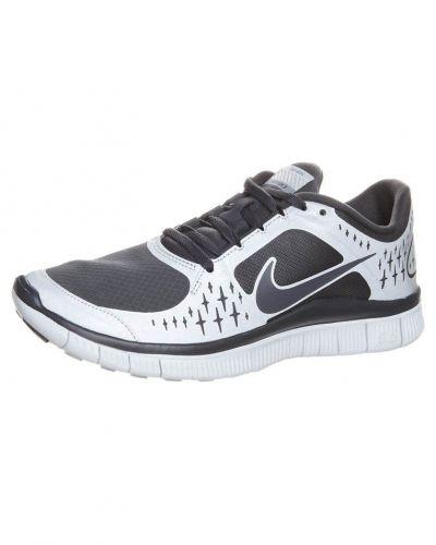 Nike Performance FREE RUN+ 3 SHIELD Löparskor extra lätta Grått från Nike Performance, Löparskor