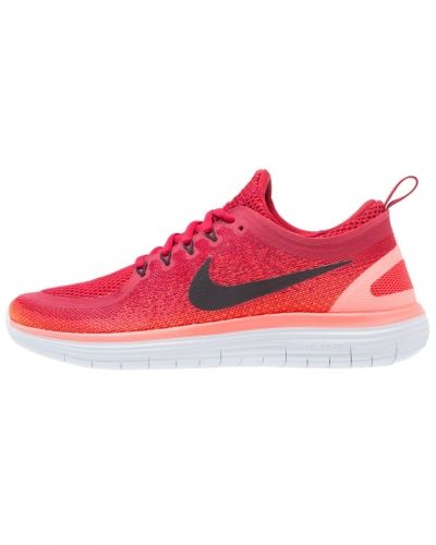 Löparsko Free run distance 2 löparskor gym red/black/max orange/hyper orange/pure platinum från Nike Performance