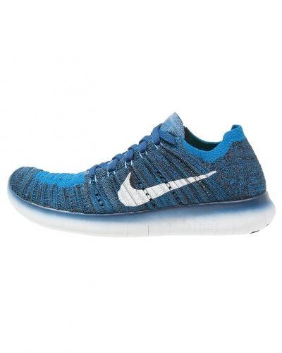 Löparsko från Nike Performance till mamma.