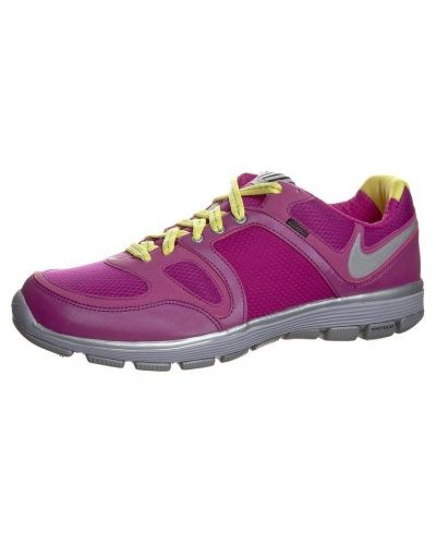 Nike Performance FREE XT MOTION SHIELD+ Aerobics & gympaskor Lila - Nike Performance - Träningsskor