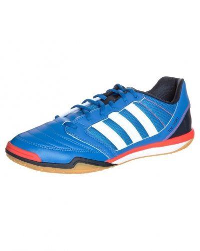 adidas Performance Freefootball top sala fotbollsskor. Fotbollsskorna håller hög kvalitet.