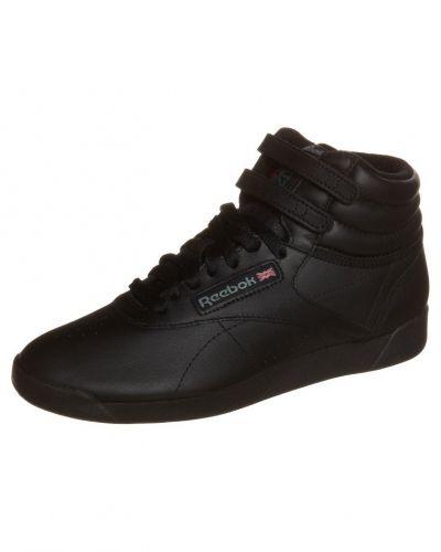Svart höga sneakers från Reebok Classic till dam.