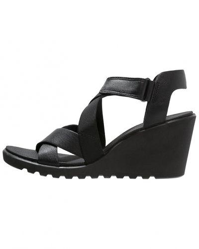 Freja sandaletter med kilklack black ECCO sandaletter med kilklack till dam.