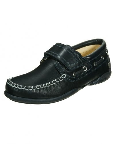 skor med kardborre