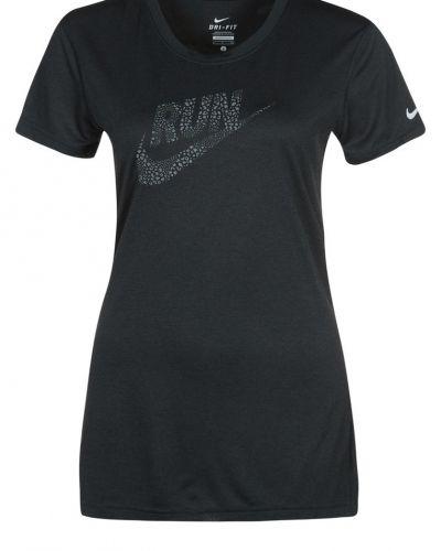 Nike Performance Funktionströja Svart från Nike Performance, Kortärmade träningströjor