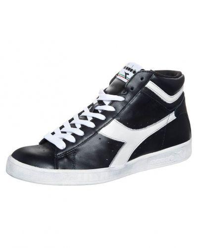 Game l hi Diadora höga sneakers till herr.