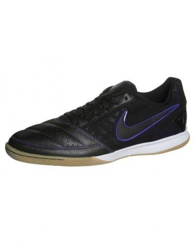 Nike Performance Gato ii fotbollsskor. Traningsskor håller hög kvalitet.