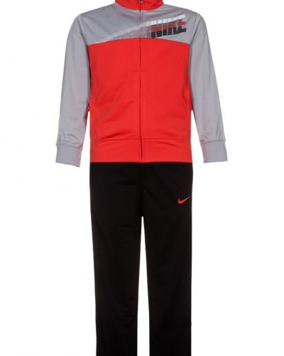 Nike Performance Gfx träningsset. Traning håller hög kvalitet.