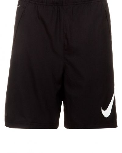 Nike Performance Gpx shorts. Traningsbyxor håller hög kvalitet.