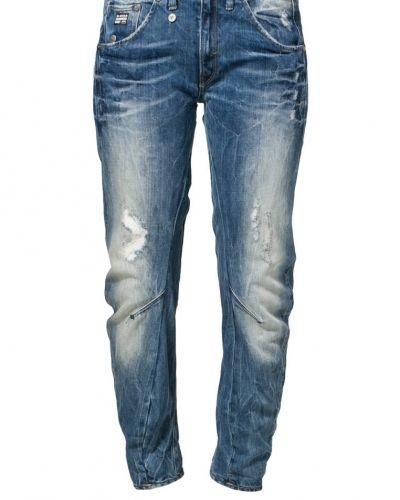 Till dam från G-Star, en blå relaxed fit jeans.