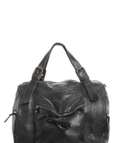 Handväska från Aridza Bross, Handväskor