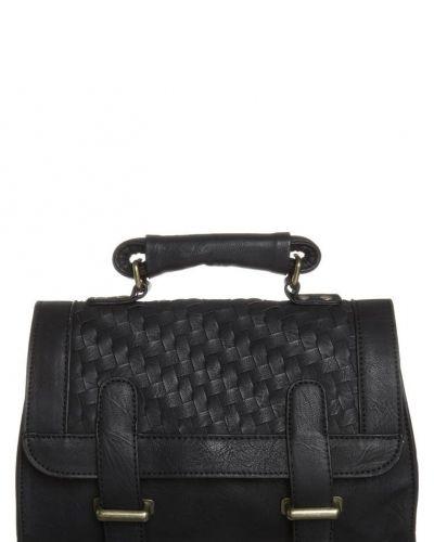 Handväska från Even&Odd, Handväskor