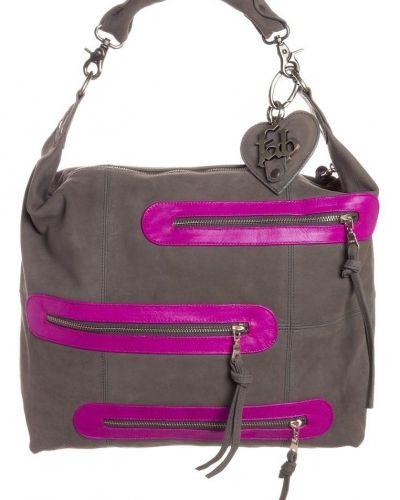Handväska från Fab, Handväskor