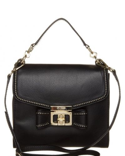 Handväska från Guess, Handväskor