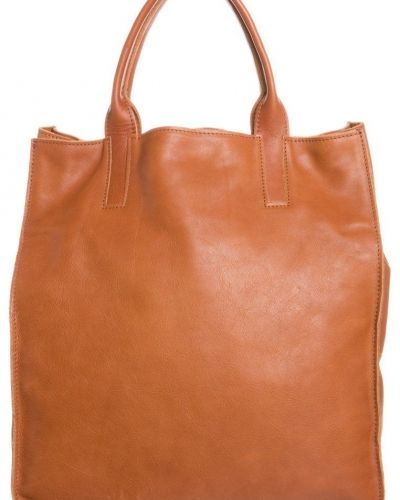 Gianni Chiarini Gianni Chiarini Shoppingväska Brunt. Väskorna håller hög kvalitet.