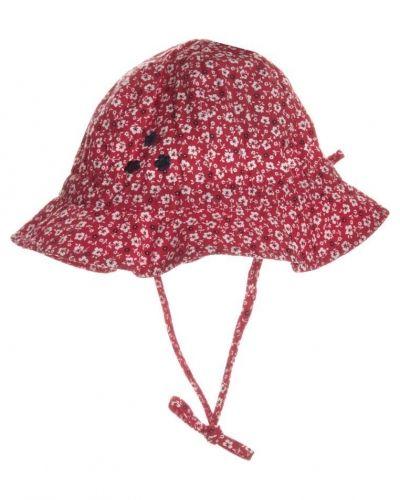 Döll Döll Hatt Rött. Huvudbonader håller hög kvalitet.