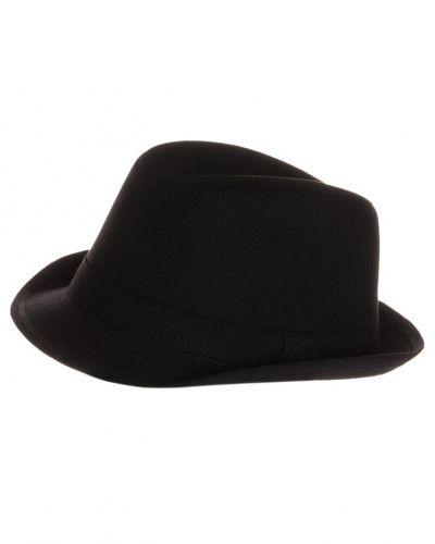 Till mamma från YOUR TURN, en hatt.