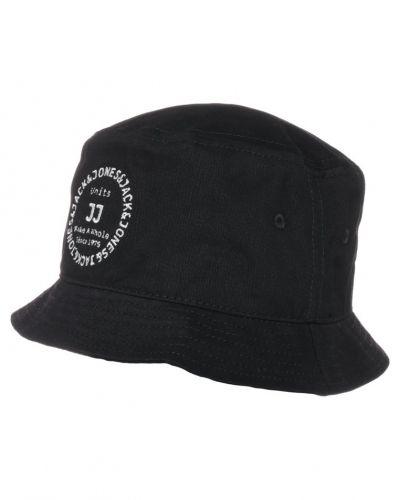 Till mamma från Jack & Jones, en hatt.