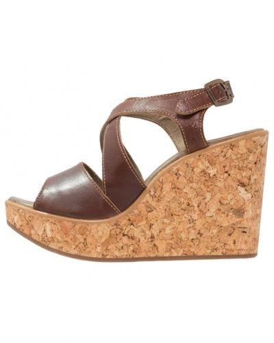 Fly London Heva sandaletter med kilklack tan