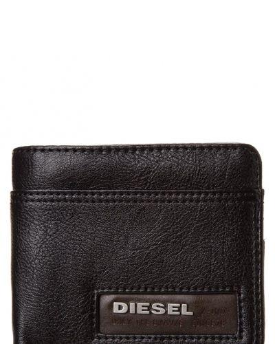 Diesel Hiresh plånbok. Väskorna håller hög kvalitet.