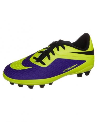 Fasta Dobbar grässkor från Nike Performance 6fd43fab16c42