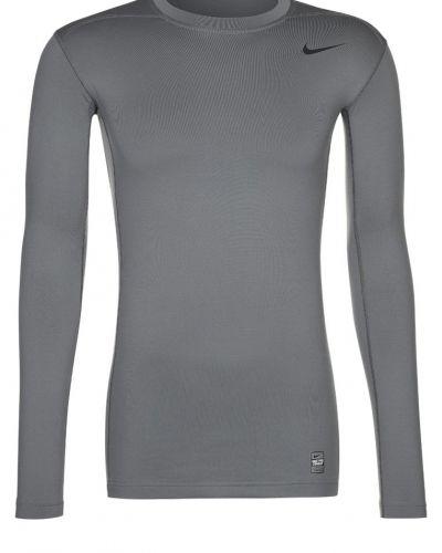 Nike Performance HYPERWARM DRIFIT COMP CREW 2.0 Tshirt långärmad Grått från Nike Performance, Långärmade Träningströjor