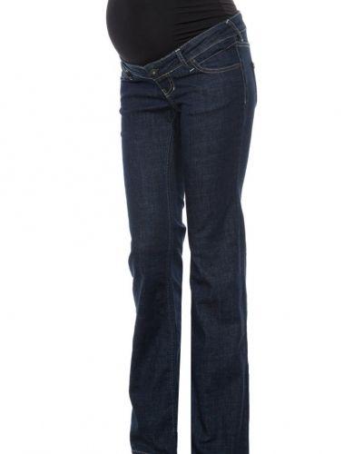 Till tjejer från Queen Mum, en blå bootcut jeans.