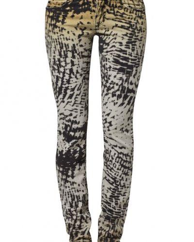 Set slim fit jeans till dam.