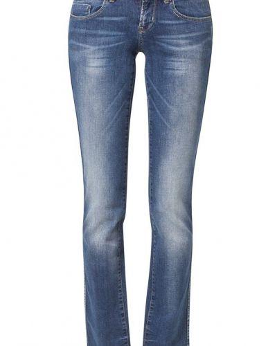 ONLY straight leg jeans till dam.