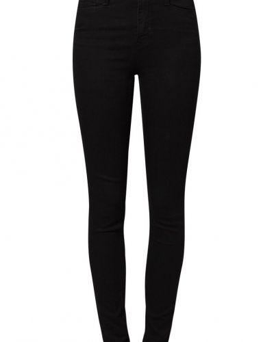 Svart slim fit jeans från Vero Moda till dam.