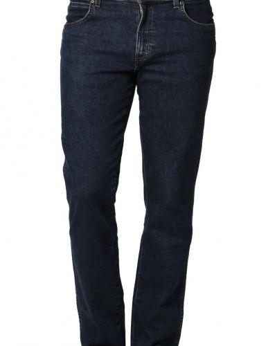 Wrangler straight leg jeans till herr.
