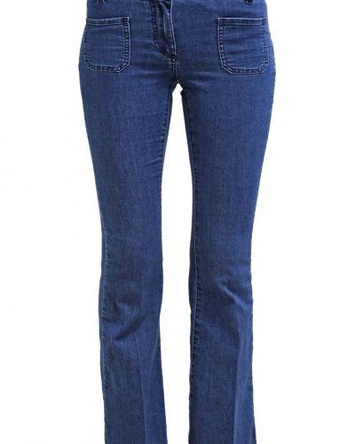 Bootcut jeans från Wallis till tjejer.