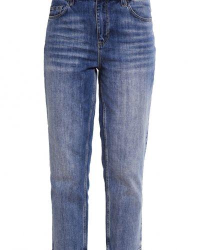 Jeans relaxed fit lightblue denim Set jeans till dam.