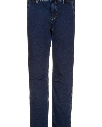 fit jeans från Benetton Fler blåa slim fit jeans Fler slim fit jeans