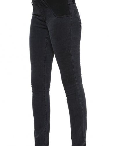 Till dam från Zalando Essentials Maternity, en slim fit jeans.