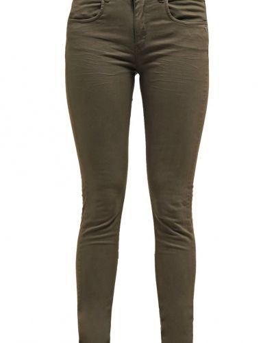 Jeans slim fit sloucy joints Maison Scotch slim fit jeans till dam.