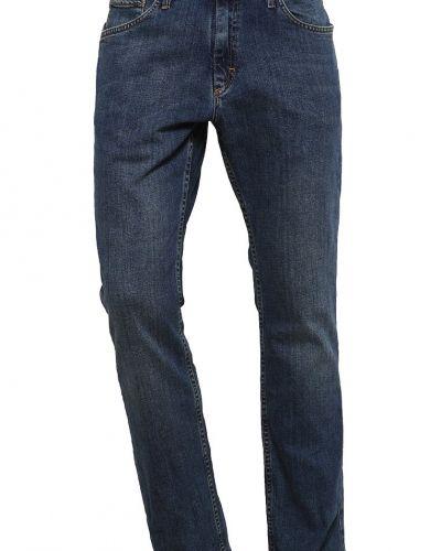 Till dam från Vans, en straight leg jeans.