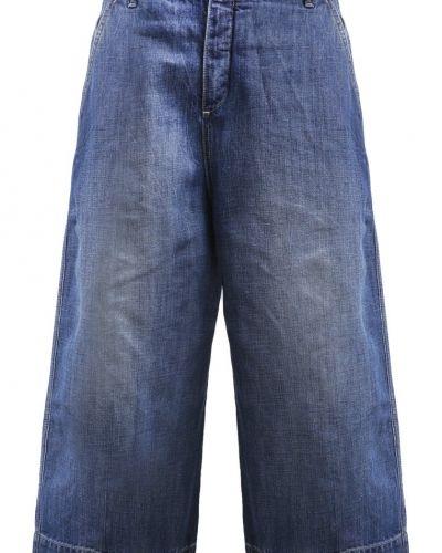 Till dam från Maison Scotch, en straight leg jeans.