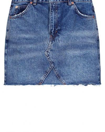 Till tjejer från Topshop, en jeanskjol.