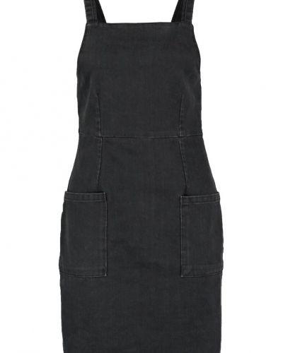 Jeansklänning black Topshop jeansklänning till tjejer.