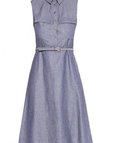 Dorothy Perkins jeansklänning till tjejer.