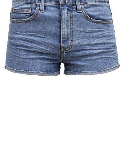 TWINTIP jeansshorts till mamma.