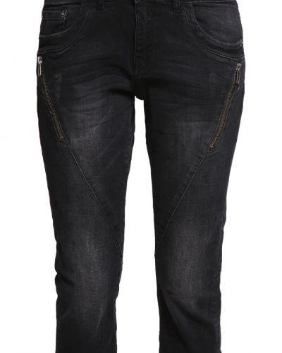 Jeansshorts grey/black denim s.Oliver Denim jeansshorts till tjejer.