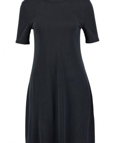 Jerseyklänning från New Look till mamma.