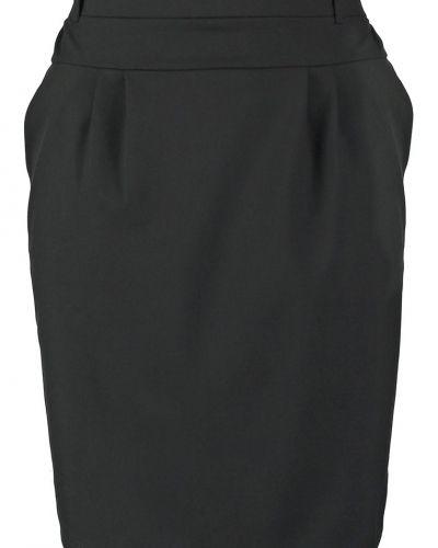 A-linje kjol från Kaffe till mamma.